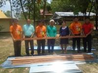 มอบวัสดุ อุปกรณ์ ซ่อมแซมบ้านเรือนแก่ประชาชนผู้ที่ได้รับผลกระทบจากเหตุวาตภัย(พายุฤดูร้อน) เมื่อวันที่ 21 มีนาคม 2564